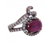 Перстень с фианитами и рубинами 100527