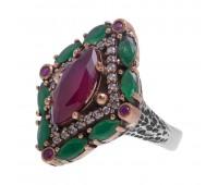 Перстень с фианитами, рубинами и изумрудами 100646