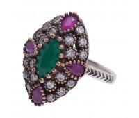 Перстень с фианитами, рубинами и изумрудами 100498
