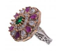 Перстень с фианитами, рубинами и изумрудами 100202